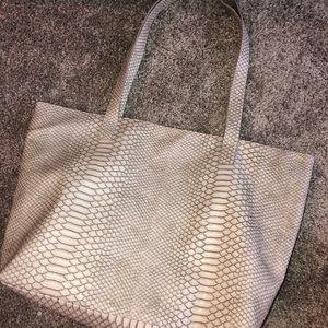 Bloomingdales lightly used bag